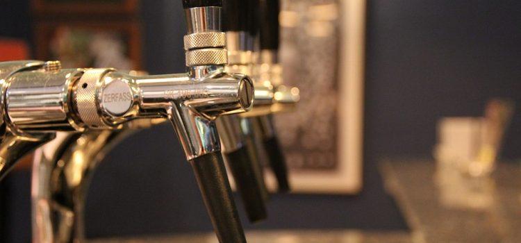 La tireuse à bière : un outil indispensable pour servir de la bière à la maison !
